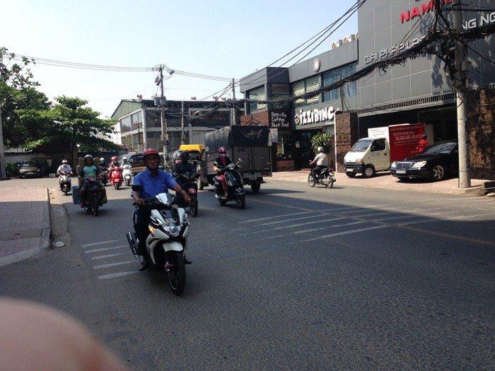 Bán nhà Mặt Tiền đường Phổ Quang,dt:5x28m