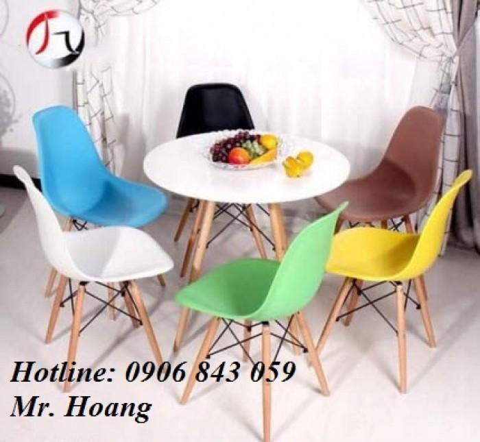 Bộ bàn ghế nhựa chân gỗ, miễn phí vận chuyển