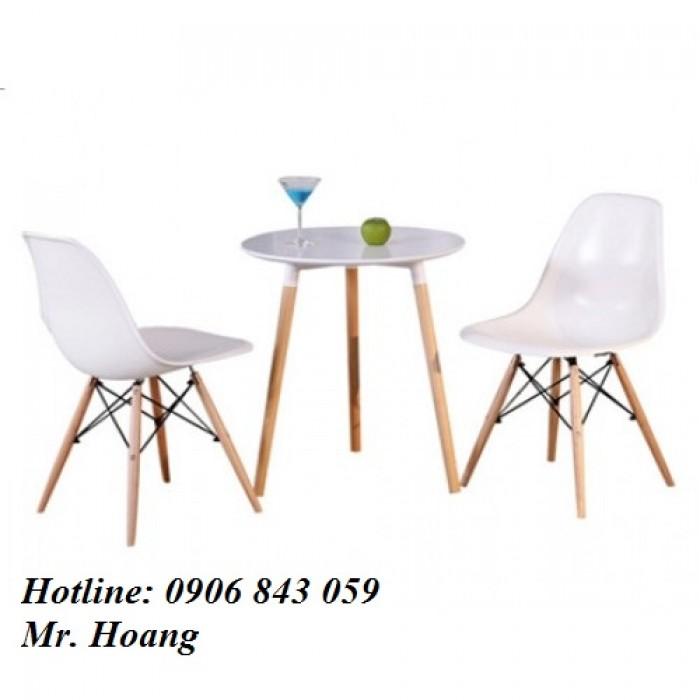 Ghế nhựa đúc chân gỗ