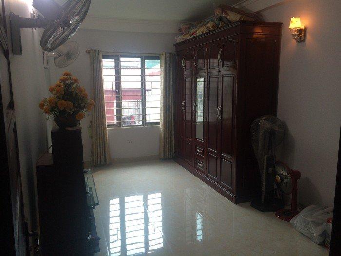 Nhà riêng phố Vạn Phúc (ngã tư Lê Văn Lương) 4 tầng (DT: 37m2–MT: 4m) Giá 2.6 tỷ