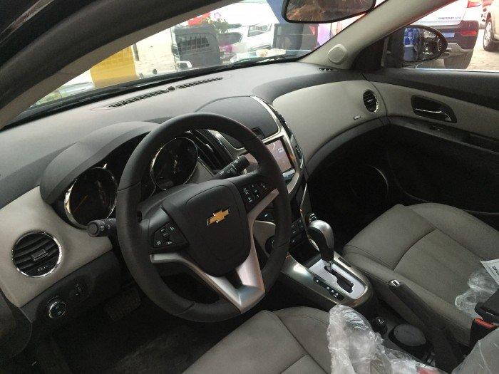 Chevrolet Cruze AT - Xe có sẵn giao ngay trực tiếp