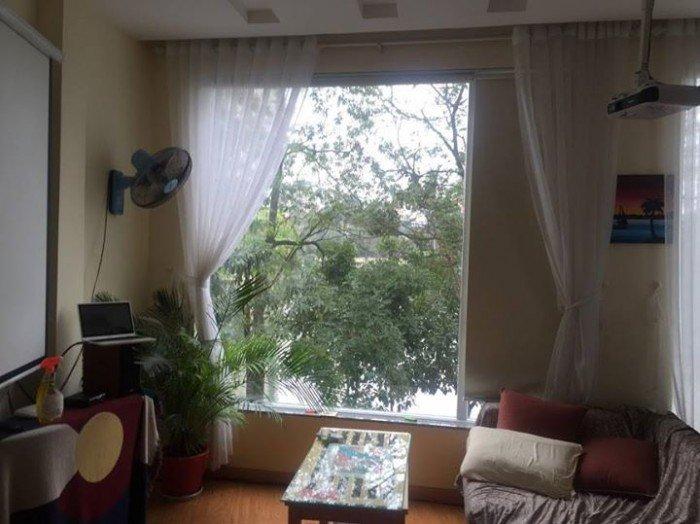Cho thuê căn hộ tại Trấn Vũ; Ba Đình;giá 13,5Tr;Dt40m