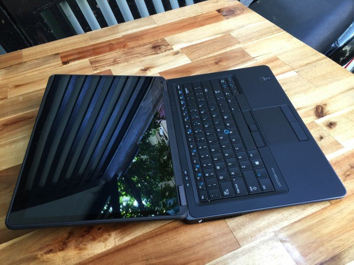 Laptop Dell Latitude E7440, i7 4600, 8G, ssd256G, FullHD, cảm ứng, zin, giá rẻ