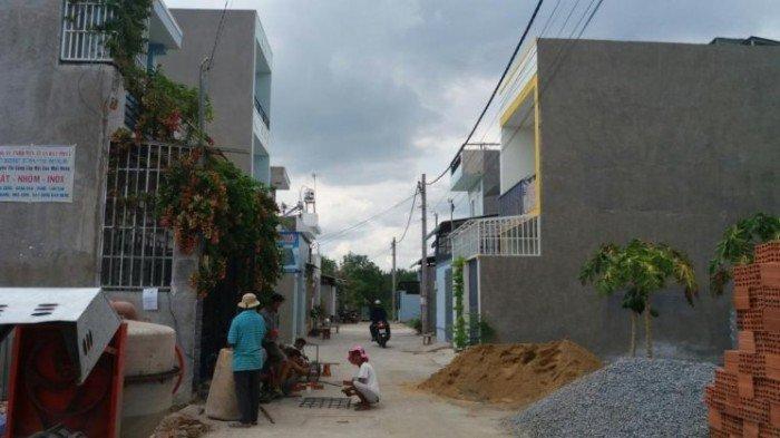 Nền đất nhà phố đường Long Thuận, quận 9 : 52m2 , đã có sổ , giá 930 triệu