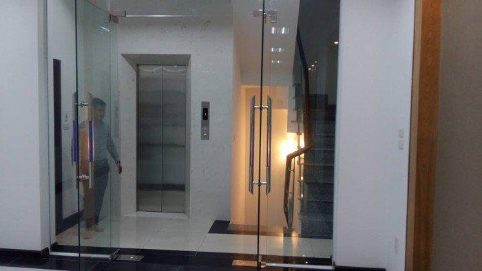 Bán nhà mặt phố nguyễn công hoan, ba đình, hà nội 53m2 MT4,5m giá 14 tỷ