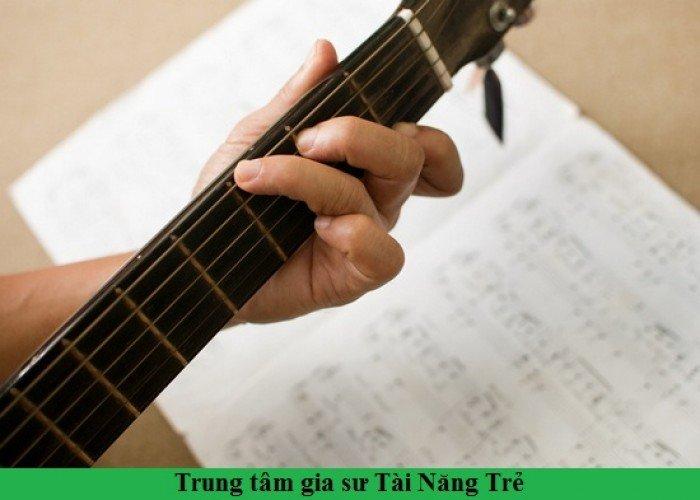 Dạy đàn Guitar tại Hà Nội
