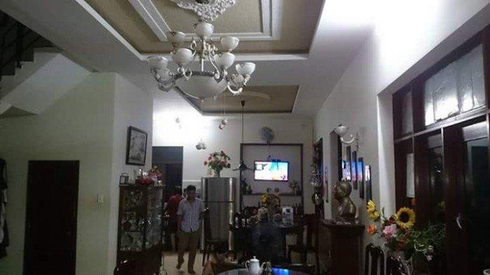 Cần bán biệt thự khu khang điền,phường phước long b,quận 9. Dt 9x25