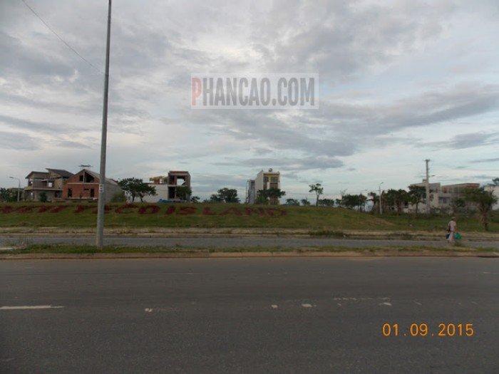 Cần bán lô đất mặt tiền đường 27m 120m2 giá có thể thương lượng