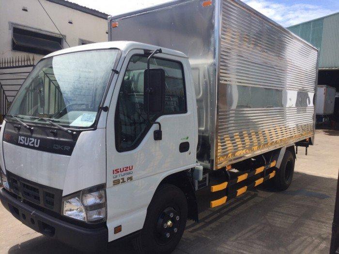 Xe tải nhập ISUZU QKR55H 2,2 tấn dài 4,370m