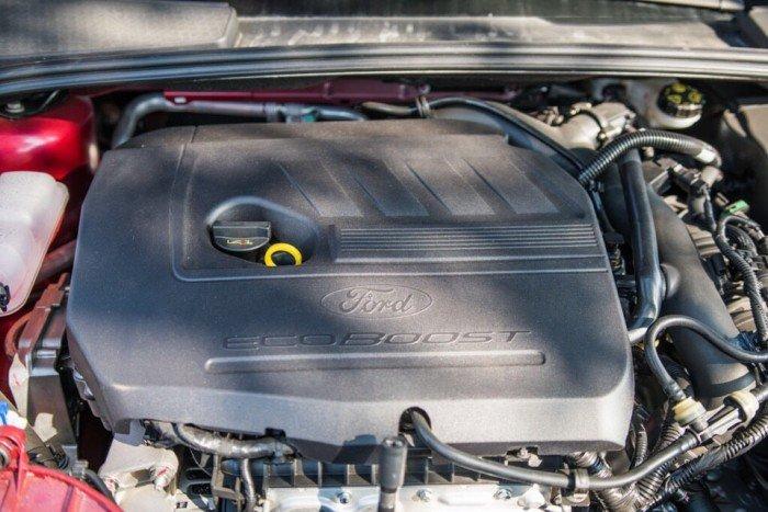 Ford Fous Giá Tốt Giao Ngay+Khuyến Mãi Khủng