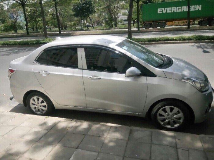 Cần bán gấp xe chính chủ Huyndai i10 - 2015, xe 1 đời chủ