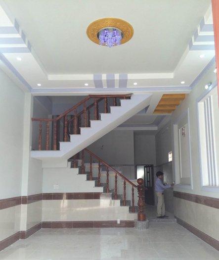 Kẹt tiền bán gấp nhà 1 lầu, 3x10m hẻm Hồng Bàng, Phường 1, Quận 11. Giá 2,2 tỷ
