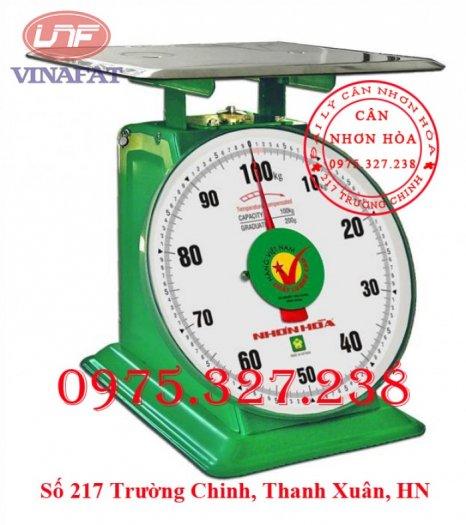 Phạm vi đo : 2 kg – 100 kg • Giá trị độ chia : 200 g • Sai số tối đa : ± 300 g • Sai số tối thiểu : ± 100 g Bảo hành: 12 tháng0