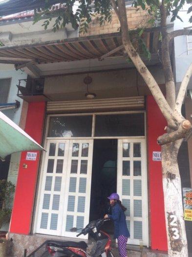 Bán nhà nguyễn phúc chu phường 15 nhà 2 mặt tiền tổng diện tich 285m nhà 3 tầng có tần thượng nhà 2 mặt tiền giấy tờ đầy đủ