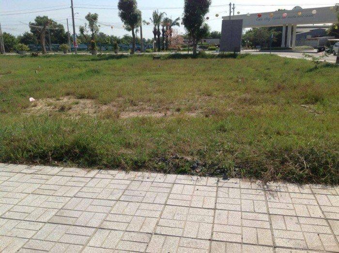 Đất nền Củ Chi, 285 triệu/nền, sổ hồng, mặt tiền 10m, gần khu công nghiệp kinh doanh tốt