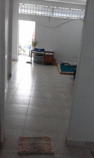 Phòng dành cho nữ mới xây 36m2 rộng rãi, thoáng mát-BThanh giáp q1