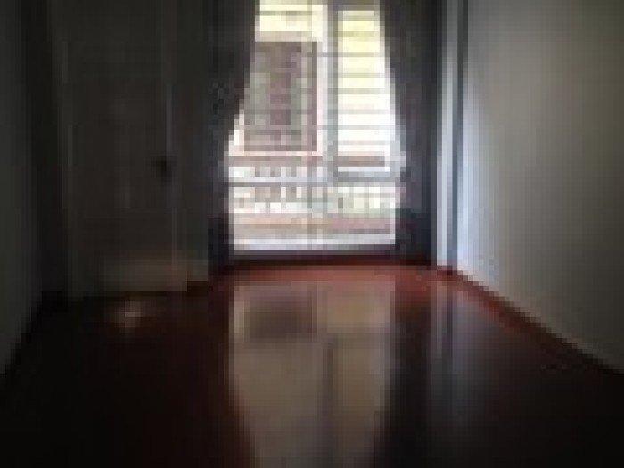 Cho thuê nhà mặt phố Đốc Ngữ, Ba Đình 32m2 x 3,5 tầng 15tr/tháng