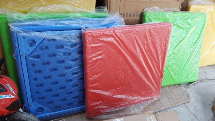 Bàn nhựa giá rẻ nhất thị trường nhập khẩu1