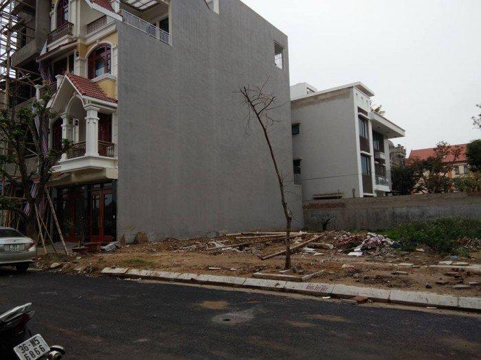 Bán đất Biệt Thự đối diện điện máy Trần Anh... 240m2