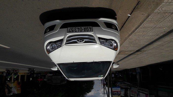 Hyundai Avante sản xuất năm 2011 Số tự động Động cơ Xăng