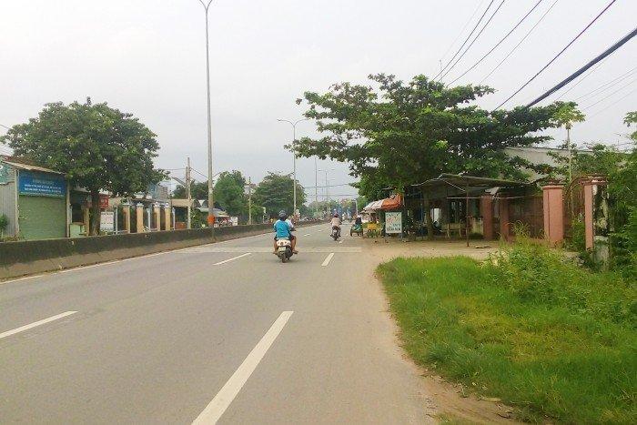 Bán đất tại Đường Đoàn Nguyễn Tuấn, Xã Hưng Long, Bình Chánh, Tp.HCM diện tích 1100m2 giá 1.75 Tỷ