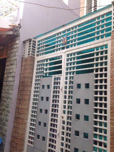 Nhà mới 3 lầu CMT8 Q10 3x18m Giá 4.28 tỷ/tl