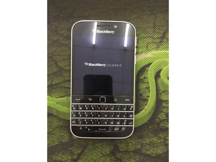 Bán BlackBerry Classic Q200