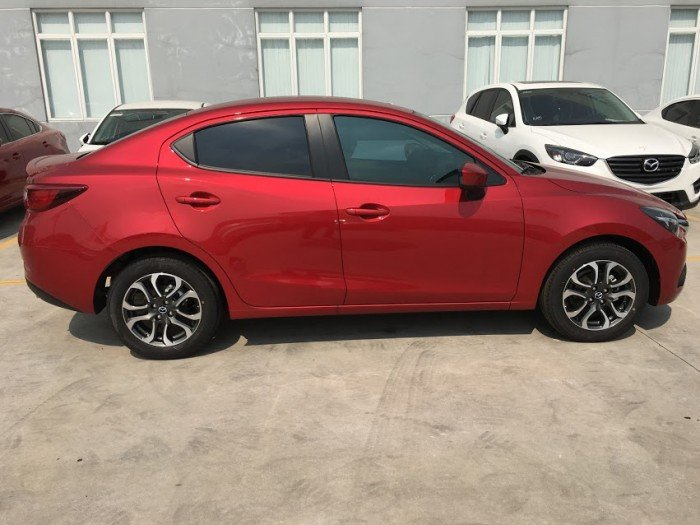 Bán xe Mazda 2 1.5 sedan màu trắng . cam kết giá rẻ nhất Vĩnh Phúc 5