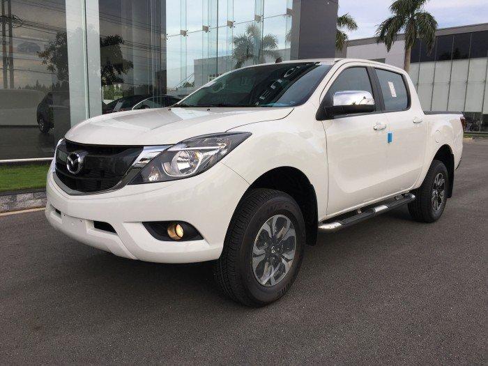 Bán xe Mazda BT 50 màu trắng . cam kết giá rẻ nhất Vĩnh Phúc 0