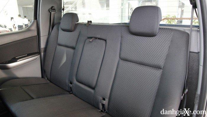 Bán xe Mazda BT 50 màu trắng . cam kết giá rẻ nhất Vĩnh Phúc 7