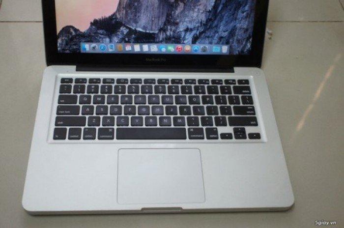 MacBook Pro MC374 13in 2010 Core 2 2.4GHz / Ram4g3