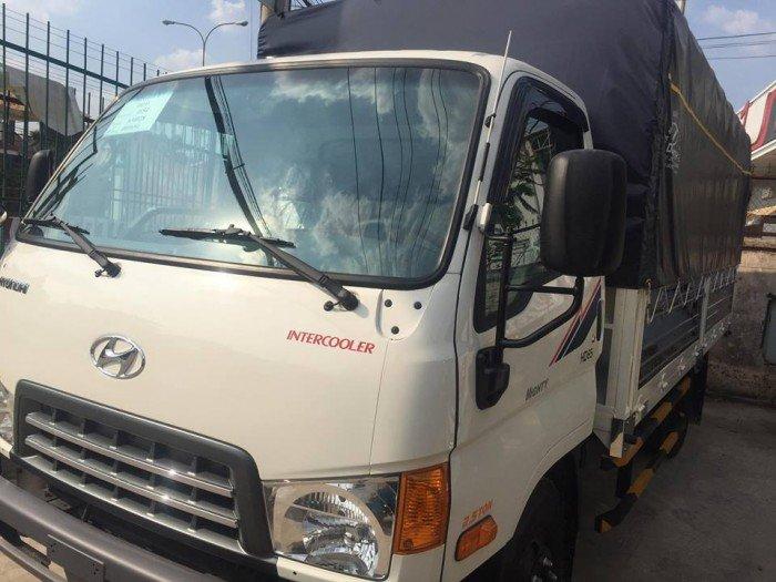 Hyundai hd 65 hạ tải vào tp thùng bạt 2017
