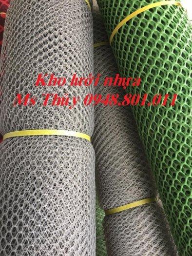 Lưới mắt cáo nhựa được làm từ loại vật liệu nhựa tốt bền bỉ và chịu lực0
