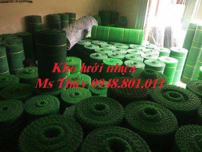 Lưới mắt cáo nhựa được làm từ loại vật liệu nhựa tốt bền bỉ và chịu lực4