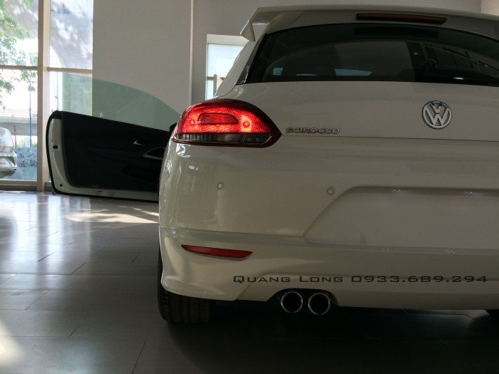 Volkswagen Scirocco 2.0 Turbo TSI - xe thể thao 2 cửa 12