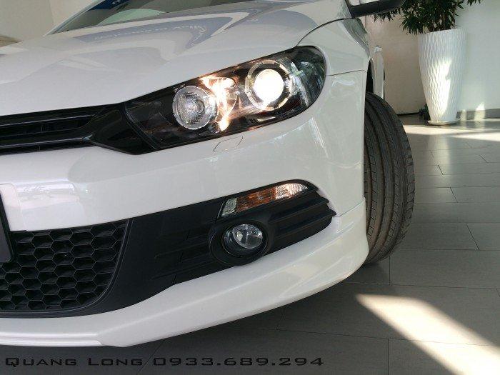 Volkswagen Scirocco 2.0 Turbo TSI - xe thể thao 2 cửa 13