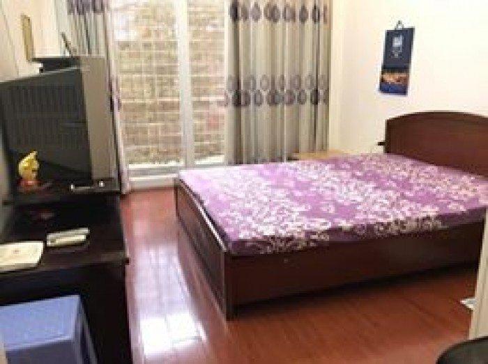 Bán nhà mặt Phố Chùa Bộc, quận Đống Đa,MT 4.5m, giá 15.7 tỷ, đang cho thuê 35 triệu/tháng.