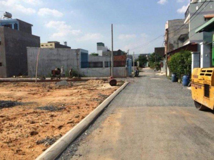 Bán gấp nền đất ở quốc lộ 1A, gần chợ, xã bình chánh, huyện bình chánh, sổ hồng chính chủ