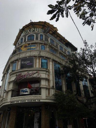 Bán nhà mặt phố Hàng Chuối diện tích 312m2x 3 tầng, mt 13m giá 85 tỷ.