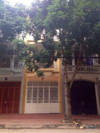Cần bán nhà 26 phố Thế Lữ, phường Đông Thọ, Tp Thanh Hoá 64m2*3t  Mt:4m 2,6 tỷ.