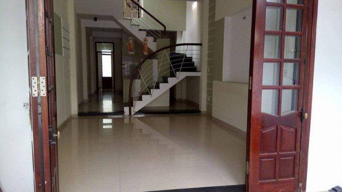 Bán nhà mặt tiền đường Hoàng Diệu. 4 tầng đẹp- 25.5 tỷ