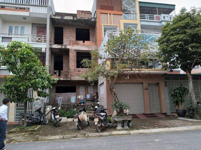 Bán Nhà xây thô lk3-19 khu đô thị mới Đông Sơn, Hướng Đông Nam.