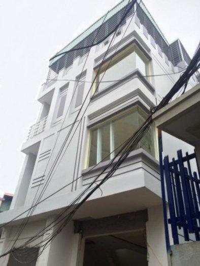 Bán nhà 3.5 tầng đang hoàn thiện, 3 mặt thoáng, gần mặt đường Nguyễn Công Hòa