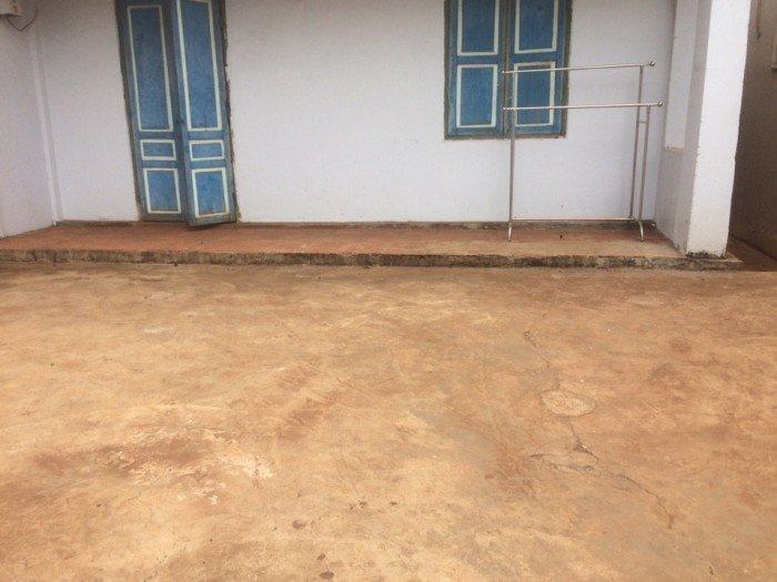 Bán đất mặt tiền đường chu văn an, 7.5x38m