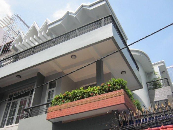 Bán nhà HXH 10 Trần Nhật Duật, 4,5m x 17m, trệt, 3 lầu, nhà mới 80%, giá 14,5 tỷ