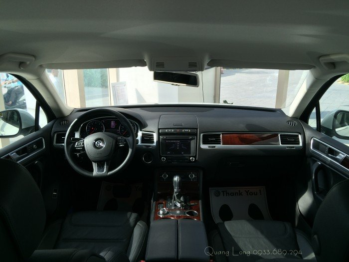 Tặng ngay 288 triệu khi mua SUV 4x4 4MOTION - 3.6 V6 FSI - VOLKSWAGEN TOUAREG GP nhập khẩu 9