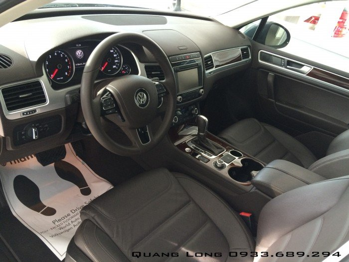 Tặng ngay 288 triệu khi mua SUV 4x4 4MOTION - 3.6 V6 FSI - VOLKSWAGEN TOUAREG GP nhập khẩu 12