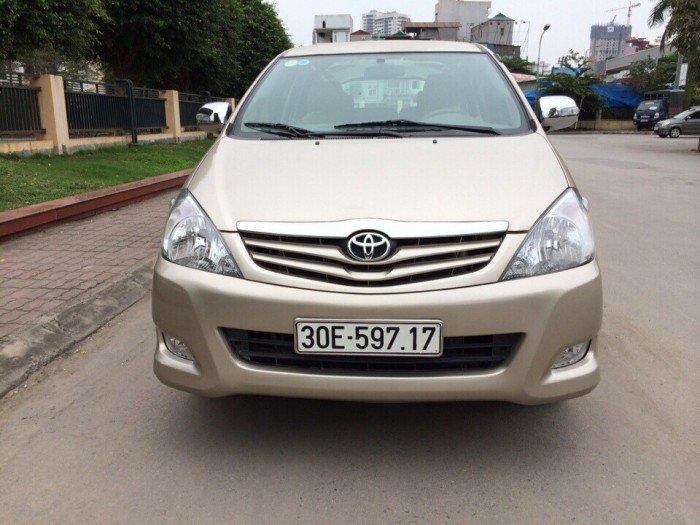 Bán INNOVA G màu vàng cát, xe đời 2010 đi năm 2011, chính chủ biển Hà Nội