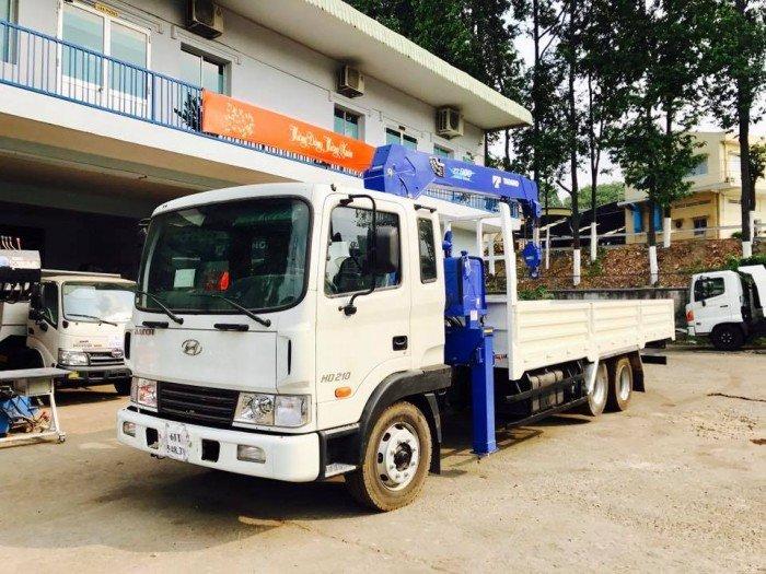 Xe hyundai hd 210 thùng lửng lắp cẩu TADANO ZT500 0