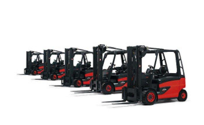 Xe nâng hàng (mới 100%) - Xe nâng hạ bằng động cơ điện.  - Xe nâng hạ bằng động cơ Diesel & Gas.0